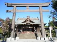 関東の厄除けは鯰(なまず)さんでも有名な雷電神社で